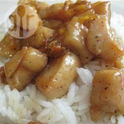 Pollo alla salsa di soia e albicocche