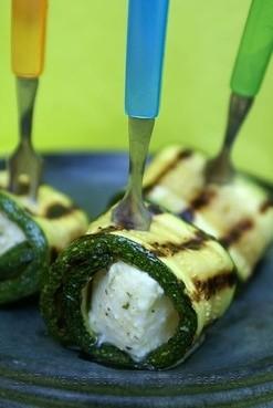 Ricetta rotolini di zucchine al formaggio