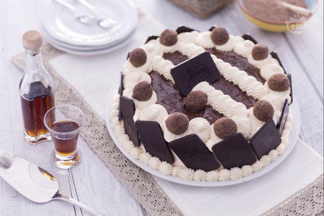 Ricetta torta al cacao con crema di zabaione