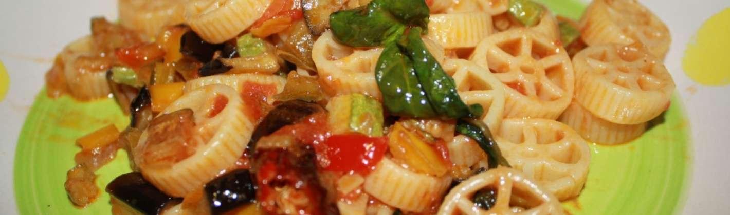Ricetta pasta con le verdure fritte