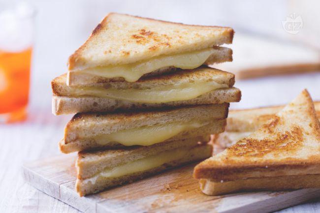 Ricetta grilled cheese sandwich