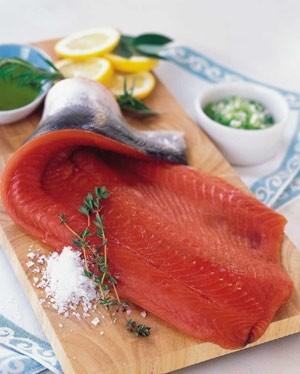 Ricetta tranci di salmone su pietra