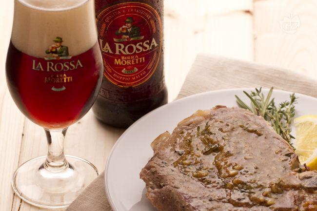 Ricetta braciole di maiale alla birra ed erbe aromatiche