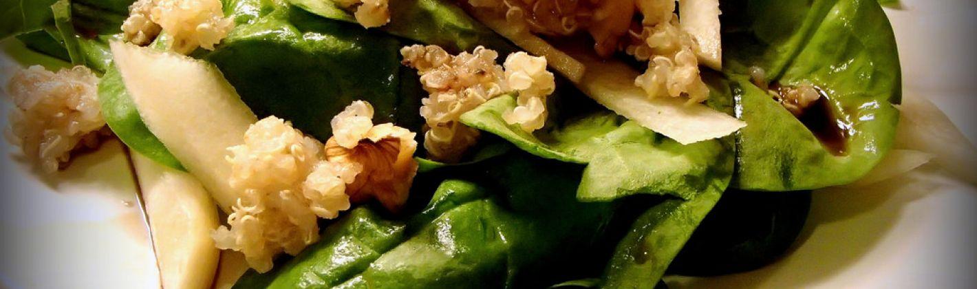 Ricetta insalata di quinoa, patate dolci, cavolo e mirtilli