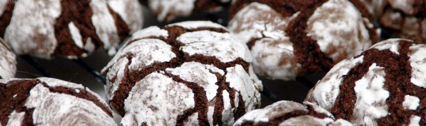 Ricetta biscotti di natale con le nocciole e il cioccolato