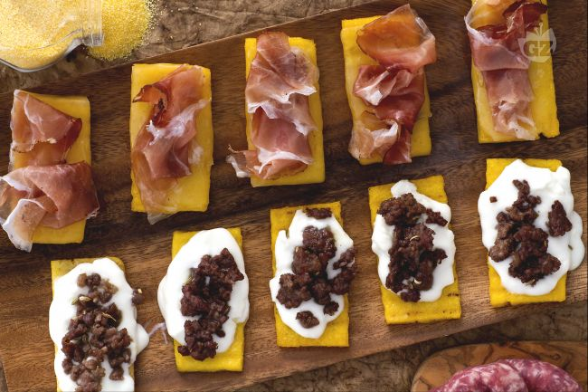 Ricetta crostini rustici di polenta