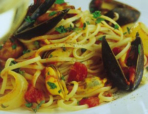 Tagliolini con zucchine e cozze