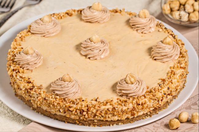 Ricetta cheesecake caramello e nocciole
