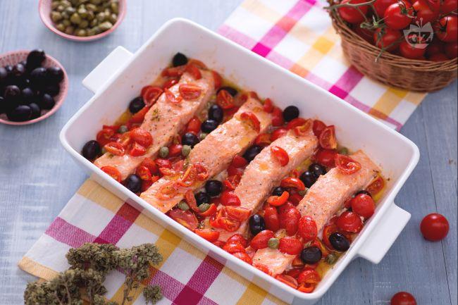 Ricetta filetti di salmone alla mediterranea