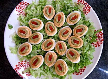Ricetta uova sode ripiene alle olive farcite