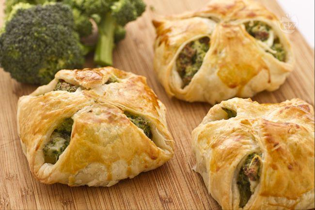Ricetta fagottini ai broccoli e ricotta