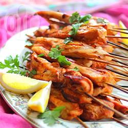 Satay di pollo (spiedini di pollo alla griglia indonesiani)