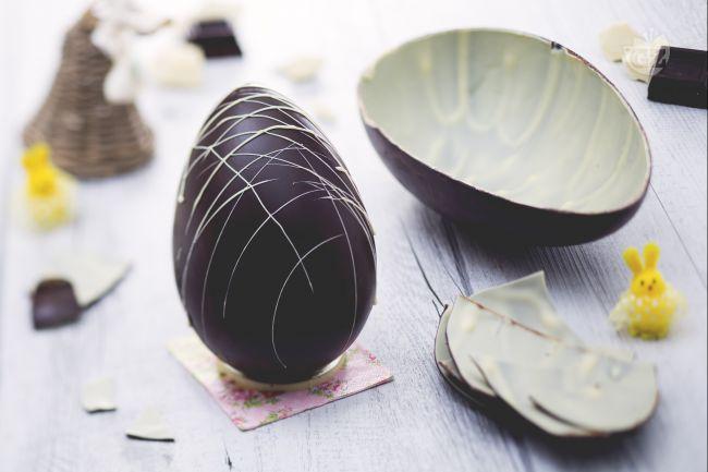 Ricetta uovo di pasqua bigusto al cioccolato fondente e bianco