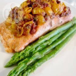 Cartocci di salmone e pomodorini alla griglia