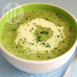 Zuppa fredda di zucchine e menta