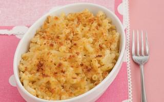 Ricetta maccheroncini gratinati ai formaggi con crosta di pane ...