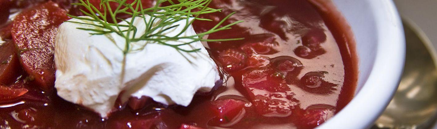 Ricetta zuppa di barbabietole o borscht