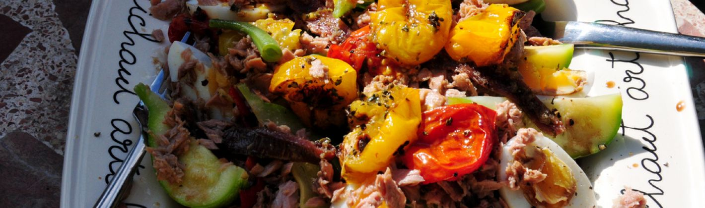 Ricetta insalata con tonno e verdure croccanti