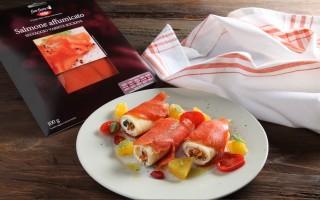 Ricetta paccheri avvolti nel salmone affumicato e ricotta agli agrumi ...
