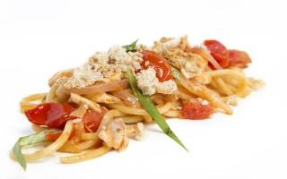Ricetta spaghetti al branzino