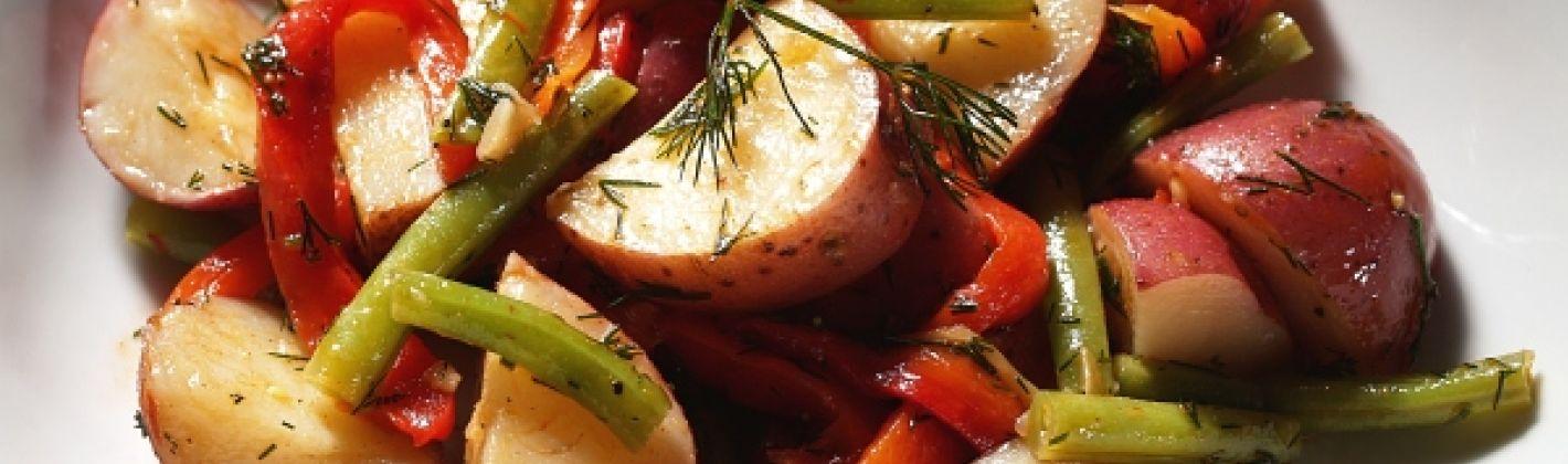 Ricetta insalata con patate, fagiolini e peperoni
