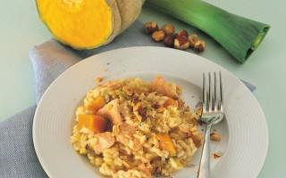 Ricetta risotto porri, zucca, salmone, nocciole