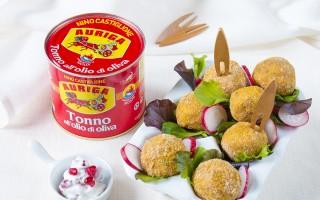 Ricetta pepite di tonno e salsa raita alla melagrana