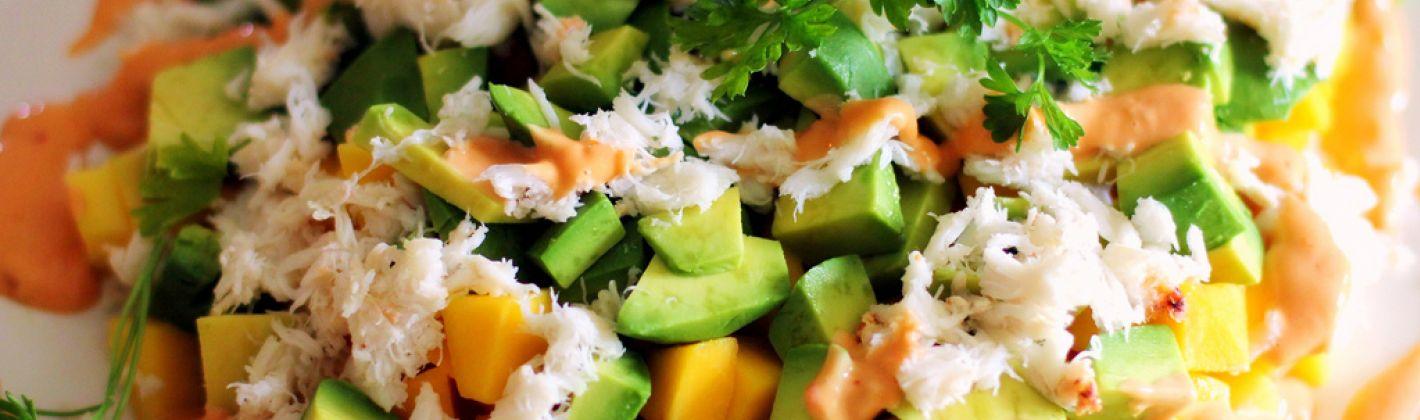 Ricetta insalata di mango, avocado e granchio