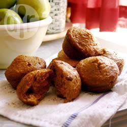 Muffin di farina integrale alle mele e carote
