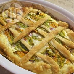 Torta salata con ricotta e fiori di zucca