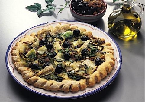Pizza di scarola alla napoletana