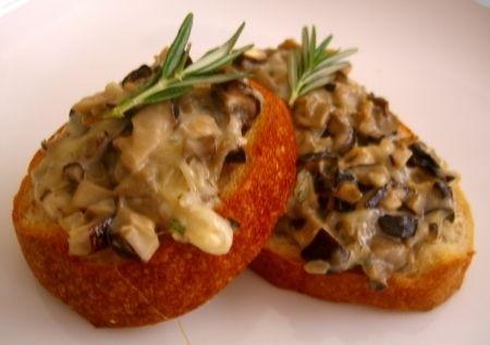 Ricetta crostini ai funghi