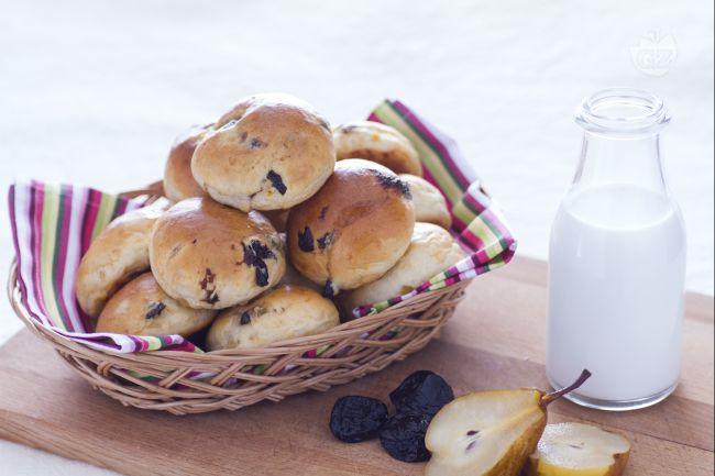 Ricetta panini dolci con frutta