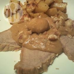 Arrosto di vitello alle castagne con patate