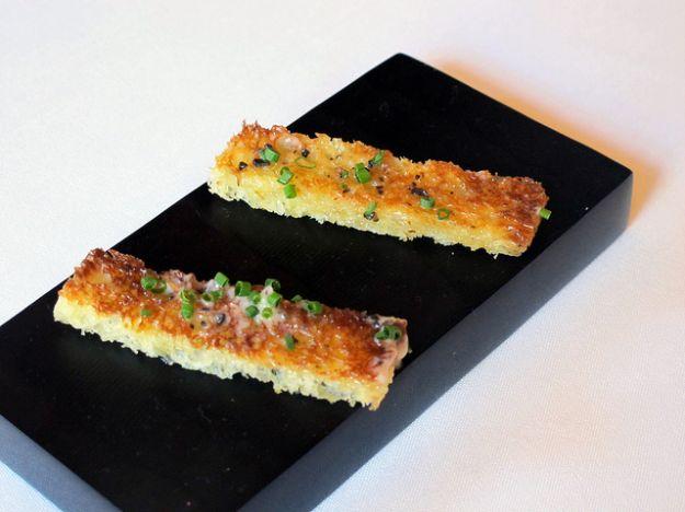 Ricetta crostini con tartufo e salsa di burro