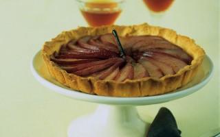 Ricetta crostata di pere al vino rosso