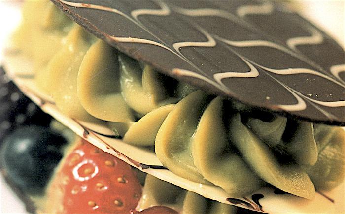 Triplo disco di cioccolato con crema di pistacchio