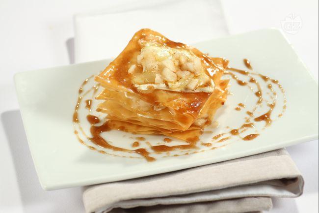 Ricetta millefoglie di pasta fillo con pere e brie