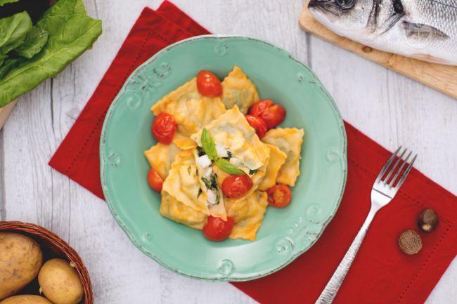 Ricetta ravioli di pesce con pomodorini