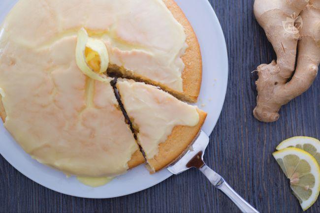 Ricetta torta all'acqua al limone e zenzero