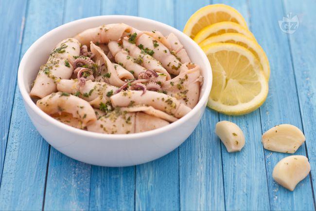 Ricetta calamari all'aglio e profumo di limone