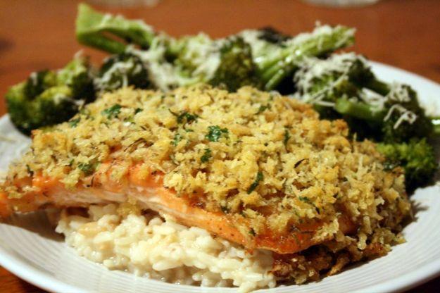 Ricetta salmone in crosta di pane e timo