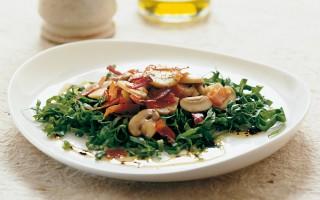 Ricetta insalata di funghi allo speck e cicorino