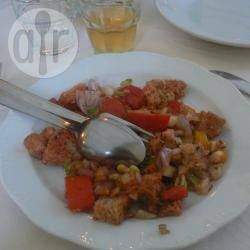 Panzanella toscana con cipolla rossa
