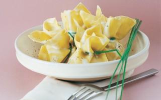Ricetta fagottini ripieni di zucca, cipolla e uvetta