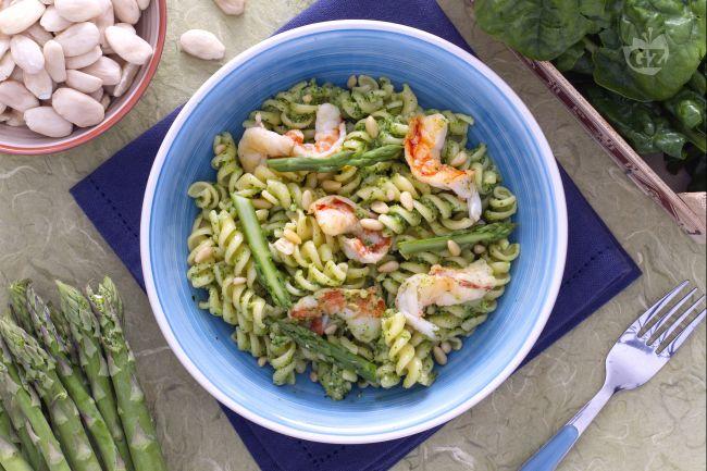 Ricetta pasta al verde con gamberetti
