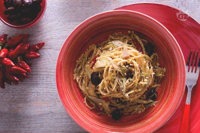 Ricetta spaghetti integrali con carciofi e mollica
