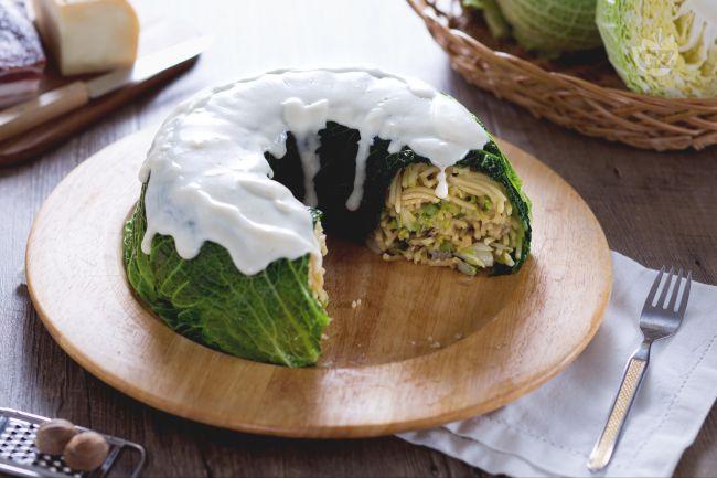 Ricetta timballo di verza con fonduta di taleggio