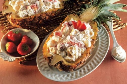 Ananas con crema chantilly