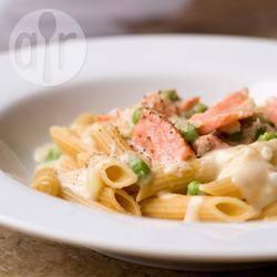 Pasta al salmone con crema di verdure